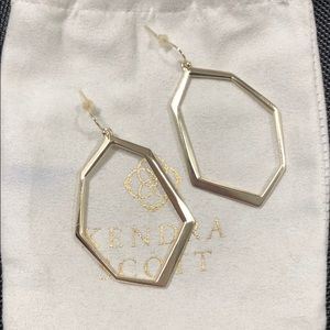 Kendra Scott Lindsey earrings